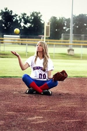 softball-422331_640